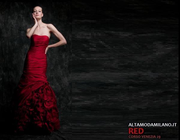 81d766ee4521 Abiti da cerimonia rossi in qualunque cerimonia importante  abito di nozze